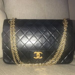 Auth Chanel Double flap medium Lambskin Bag